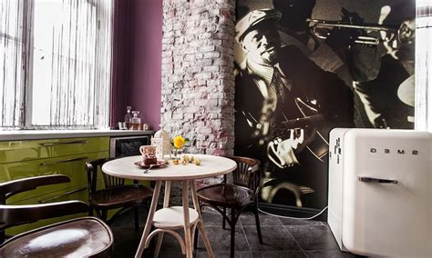 Decorating Ideas For Jazz Jazz Inspired Apartment In Mixture Of Classic And Retro