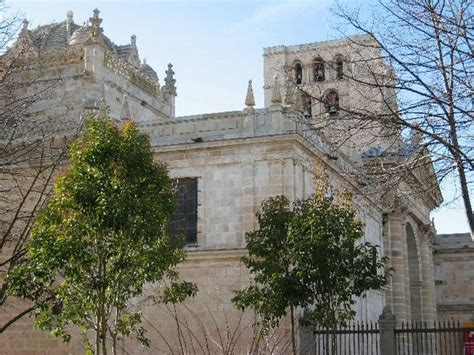 Gothic Wall Murals guide to zamora spain