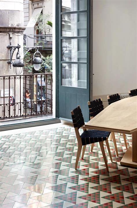 carrer avinyo 34 apartment in barcelona by david kohn