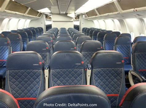 delta 767 300 economy comfort delta 767 300 domestic comfort plus seat delta points blog