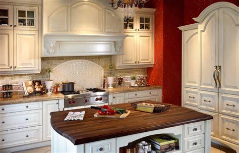luxury kitchens bathrooms calgary bellasera luxury traditional kitchens calgary bellasera