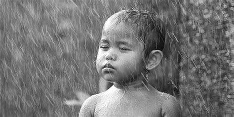 Khutbah Jumat Penyejuk Hati khutbah jumat mengkaji kebesaran allah tentang hujan