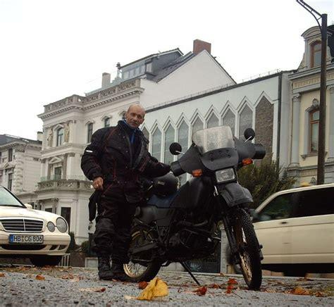 Motorrad Reise Vorbereitungen by Nadeljaev Anatolij Blagowestschensk Am Amur