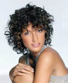 curly haircuts for 15 short haircuts for curly frizzy hair short hairstyles