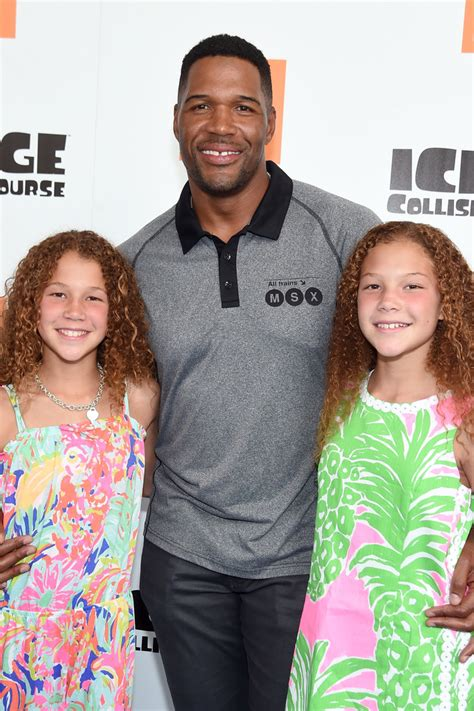 michael strahans daughter sophia strahan isabella strahan photos photos ice age collision