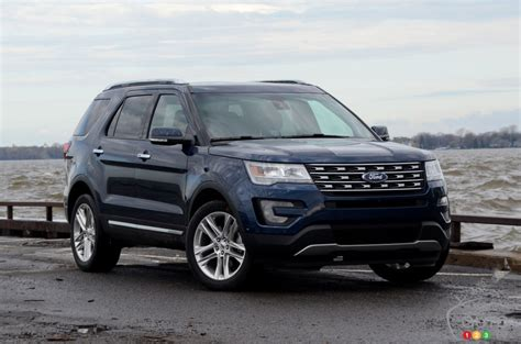 2017 ford explorer limited 2017 ford explorer does just fine on 4 cylinders car