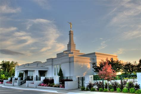 Superior Churches In Kennewick Wa #3: Mormon_Temple_Edmonton_Alberta_Canada_01.jpg