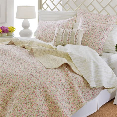 laura ashley bedding 6 laura ashley bedding ideas in photos