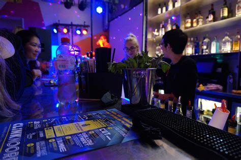amsterdam new years insider guide amsterdam new year s 2015 clink hostels