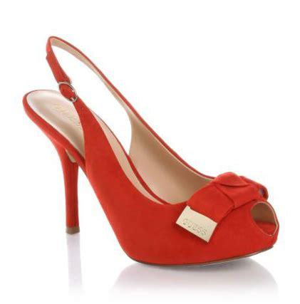 imagenes de sandalias rojas zapatos guess primavera verano 2012 modaenlared