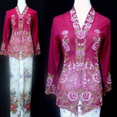 Batik Set Kebaya Maulani Brown 1 modern kebaya kn 01 kebaya nyonya exclusive