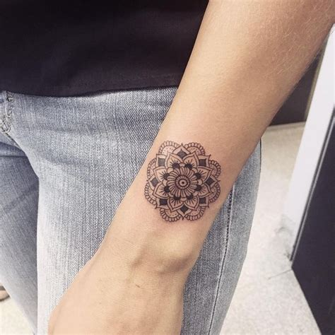 small mandala tattoo 25 best ideas about small mandala on