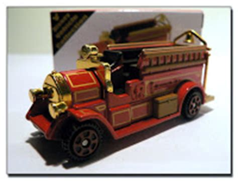 Tomica Disney Motor Mickey Firetruck world of tomica トミカの世界 disney resort limited