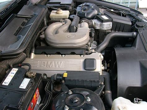 Section 318 Attribution by File Bmw 316 E36 Engine Bay 3 Jpg Wikimedia Commons