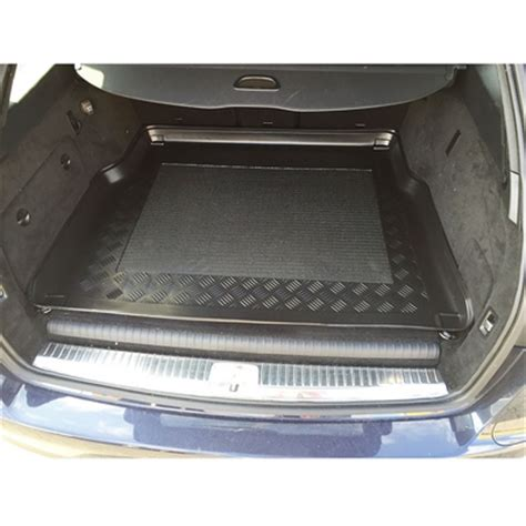 boot c mercedes c class w205 estate 2014 onwards boot liner boot liners tailored car boot