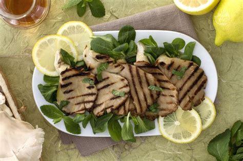 cucinare funghi pleurotus ricetta pleurotus alla griglia la ricetta di giallozafferano