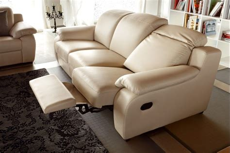 Modern Leather Sofa Recliner Creme Reclining Leather Sofa With Modern Look Plushemisphere
