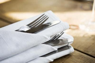 how to fold paper napkins with silverware