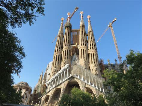 La Sagrada Familia ? exterior   Away With Joanna