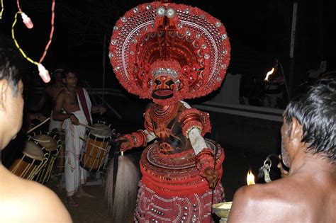 Tomples Makan Svc travel agency best of homestay temple theyyam tour packages