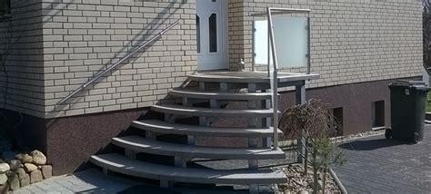 treppengeländer für aussentreppe idee freitragend treppe