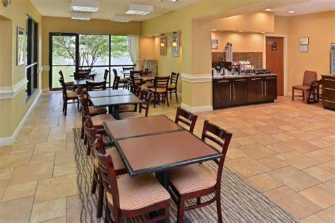 comfort suites port allen la comfort suites port allen 2 5 отзывы фото и сравнение