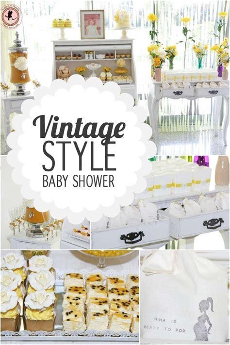 Baby Shower Vintage en blanco y amarillo   Baby Shower Perfecto