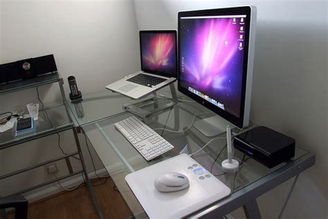 inspirational workspace 60 awesome setups hongkiat