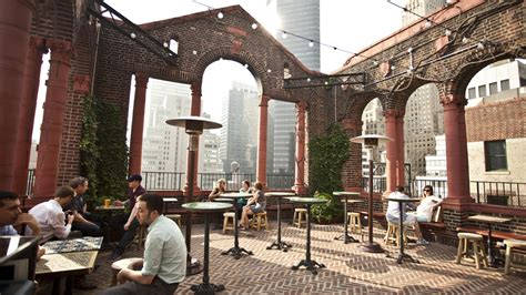 Best Roof Top Bars In Nyc by Best Rooftop Bars In Nyc For Outdoor With A View