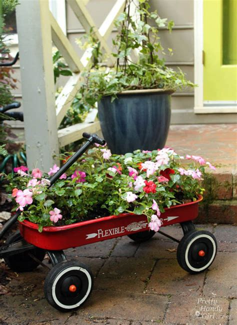 Wagon Flower Planter by Wagon Flower Planter Images