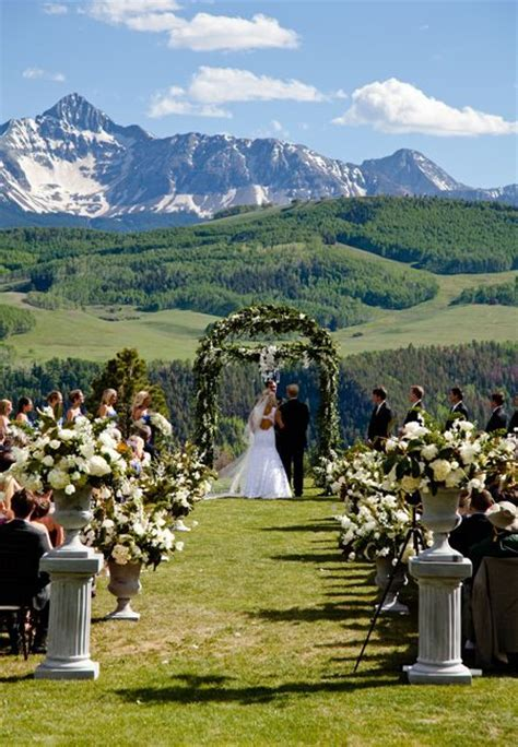 Best 25  Mountain weddings ideas on Pinterest   Wedding in
