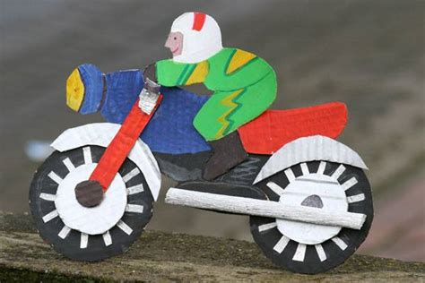 Motorrad Spiele Gratis Downloaden by Basteln Mit Kindern Kostenlose Bastelvorlage Action