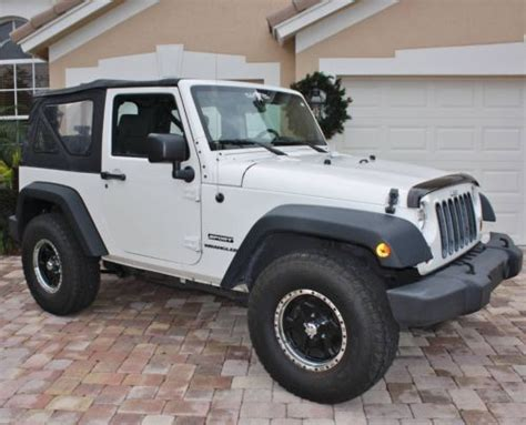 2010 Jeep Wrangler Top Find Used 2010 Jeep Wrangler Sport 2 Dr Auto Soft Top