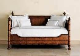 daybeds what is a daybed and what is it used for hubpages