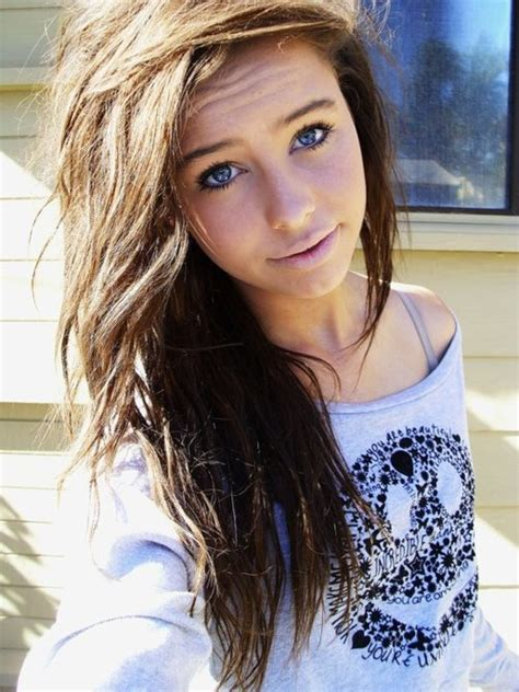 hairstyles brown hair blue eyes pix for gt teenage girl with brown hair and blue eyes