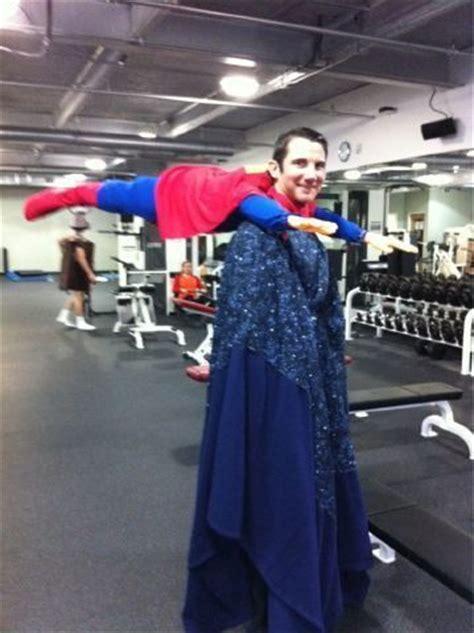 creative halloween costumes cool twist   superman