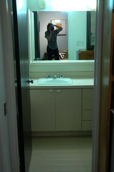 Painting Laminate Bathroom Cabinets by Painting Laminate Bathroom Cabinets Bathroom Ideas