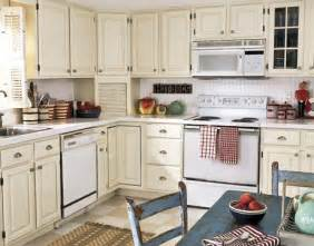 Kitchen Cabinet White Paint by Painting Kitchen Cabinets Oil Vs Latex