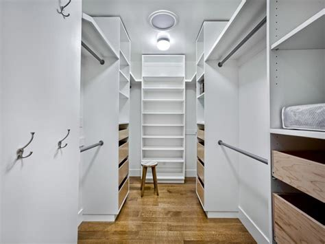 Walk In Closet Shelving Do It Yourself Walk In Closet Ideas Advices For Closet