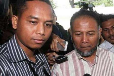 Kitab Advokat Indonesia pokrol bambu peradi diharapkan bisa berikan perlindungan kepada bambang