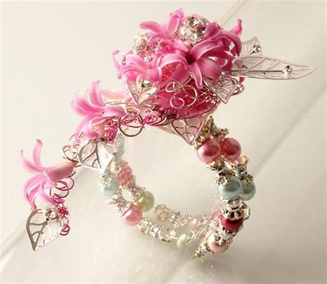 Prom Corsage Ideas 17 Best Ideas About Prom Corsage On Pinterest Prom Wrist Corsage Prom Corsage And Boutonniere
