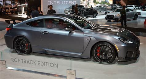 lexus rc  track edition  fast  standing