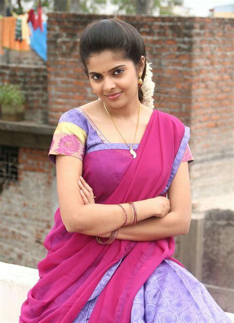 heroine wallpaper photo pagiri heroine shravya photos and wallpapers movieraja