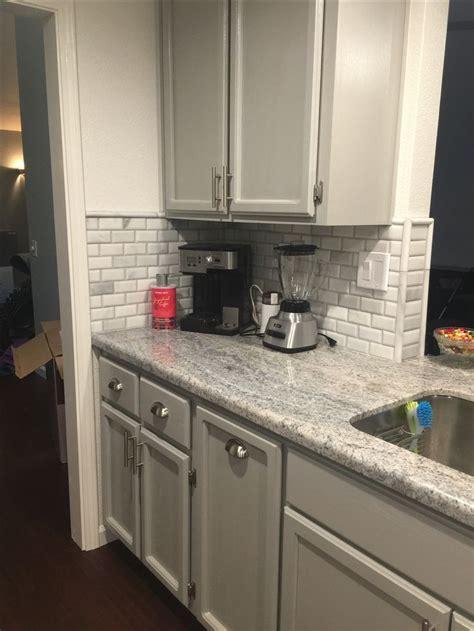 backsplash ideas for gray cabinets best 25 granite backsplash ideas on kitchen