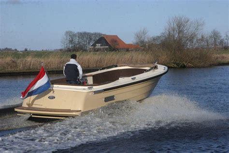 nieuwe boten te koop jachthaven poelgeest vertrouwd op het water sinds 1966