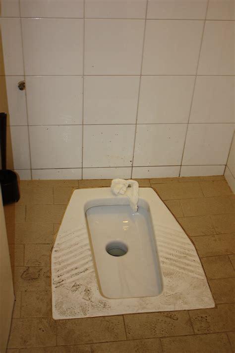 public bathrooms in italy via fontanelle ycmtsu the dreaded italian quot toilet quot