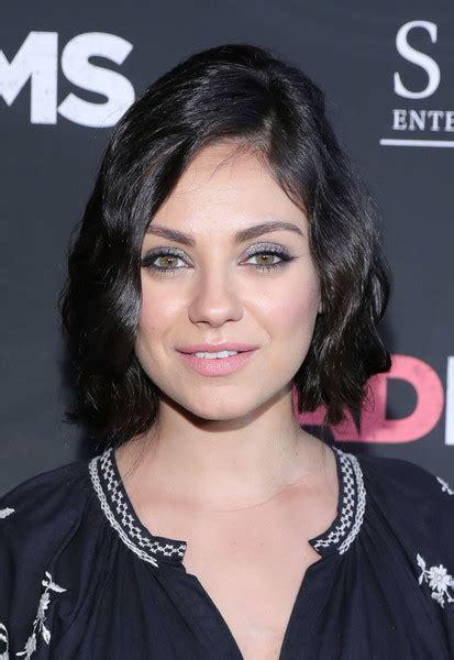 Mila Kunis Hairstyle by Mila Kunis Wavy Cut Wavy Cut Lookbook