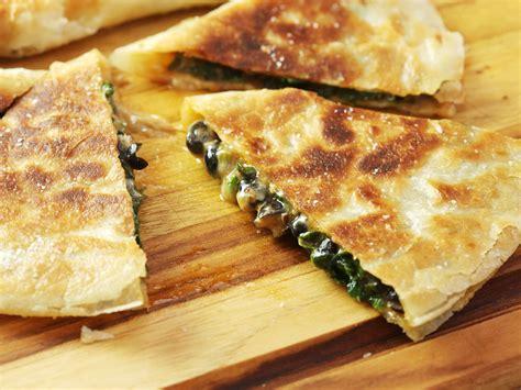 best quesadillas spinach black bean and chipotle quesadillas recipe