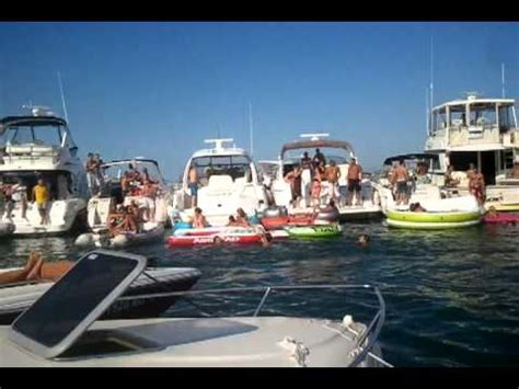 chicago lake michigan boat party chicago boat party lake michigan youtube