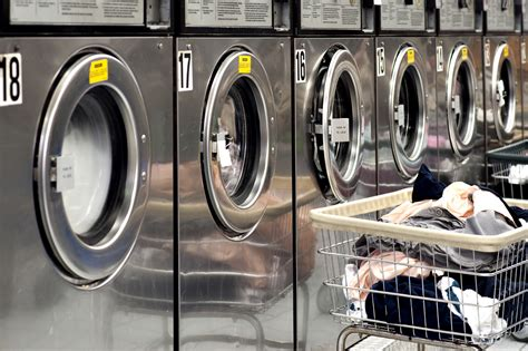 Coin Operated Vs Card Operated Commercial Laundry Equipment Commercial Laundry
